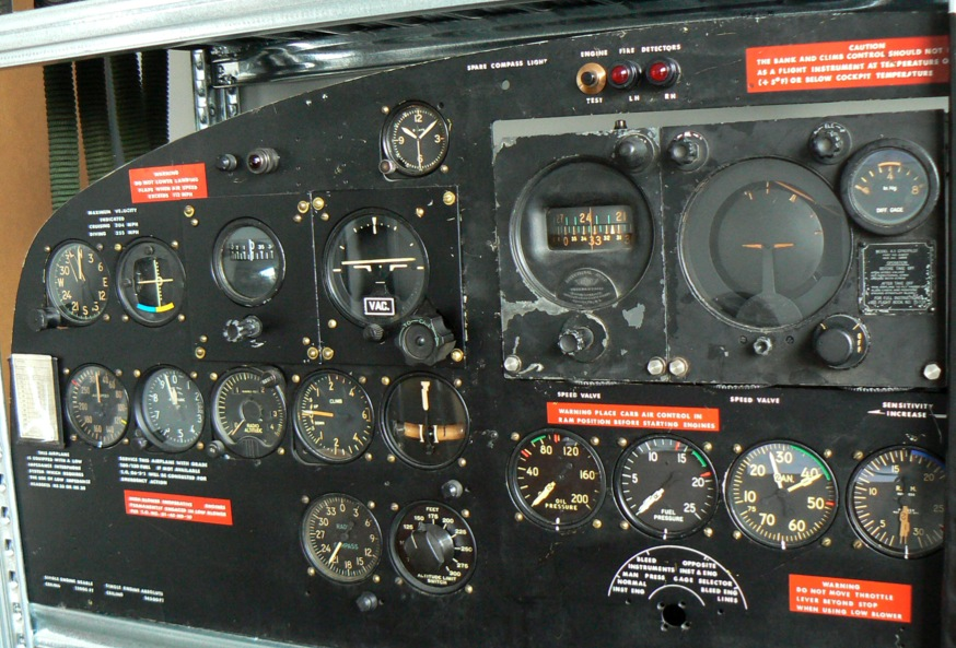 Douglas DC-3 C-47 (part 1/2) P1010088
